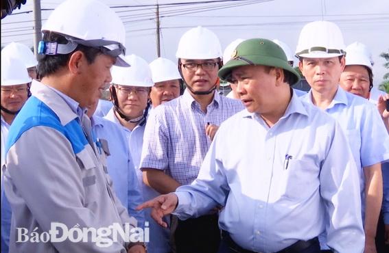 Thủ tướng yêu cầu nhà thầu, chủ đầu tư tập trung nguồn lực đẩy đảm bảo dự án hoàn thành đúng tiến độ